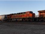 BNSF ES44DC 7774