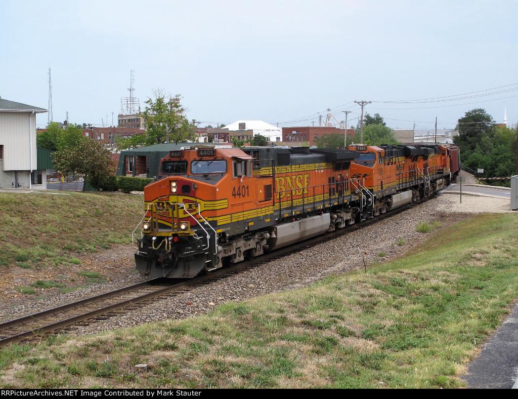 BNSF 4401 (04 August 2012)