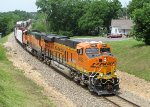 BNSF 8082 (21 June 2014)