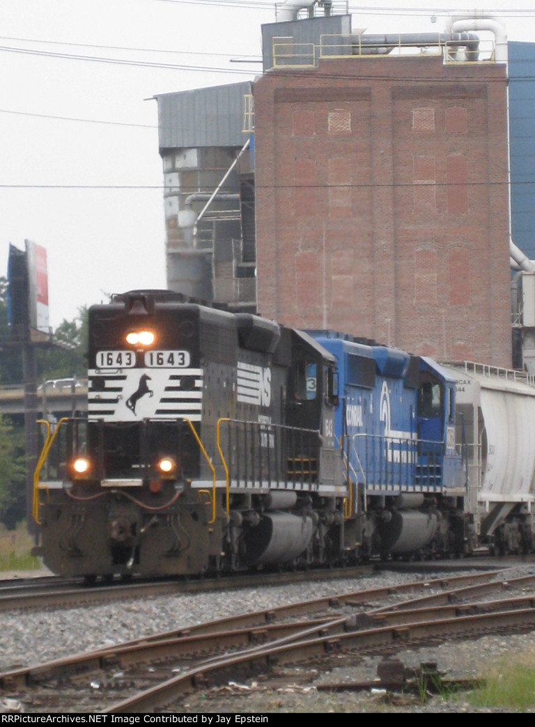 A pair of EMD's come around the curve