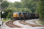 CSX C40-8W 7762 rounds the curve with SB coal