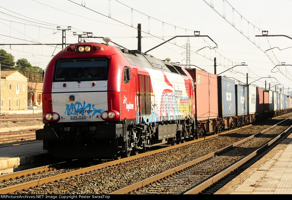 Private freight trains in Spain