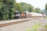 NS 1111, BNSF 5856 and NS 1093