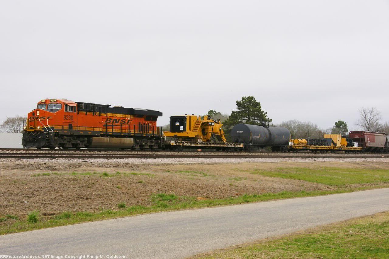 BNSF 8230, TZPR 300049, HTTX 92919, 92902