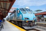 Southbound Tri-Rail Arriving
