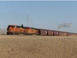 BNSF ES44C4 8106