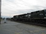 NS 9348 & NS 9779 northbound