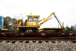 L & H Tie Crane & Cart - BNSF X6000299 / BNSF J0400693