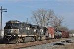 NS 7606 On NS 144 Northbound
