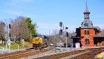 CSX 926 leading empty coal train