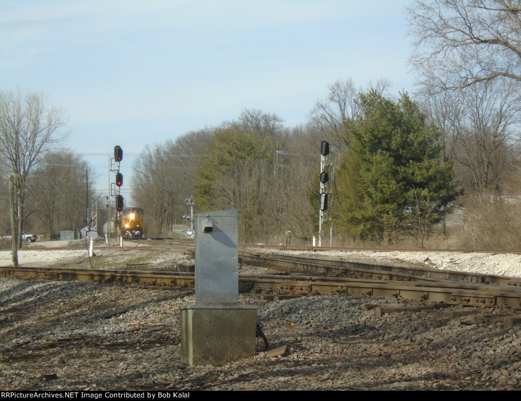 CSX 5494 crosses Springhill Drive