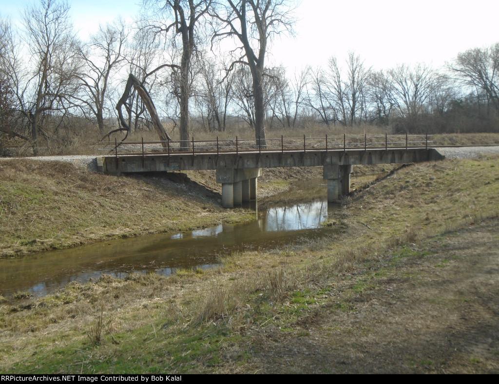 railroad bridge over Thompson Ditch