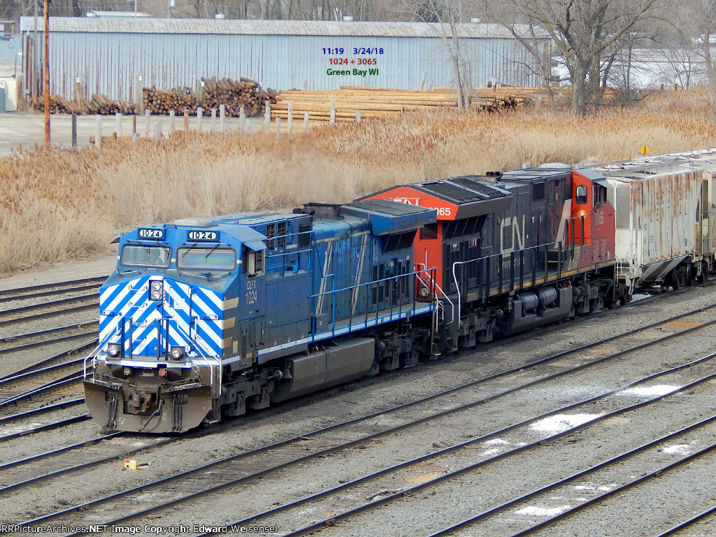 Bluebird 1024 and a CN T4 switch the A419 cars