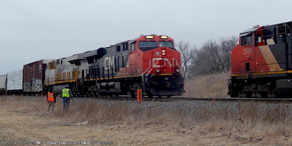 Intermodal meets the 6-headed ethanol empties