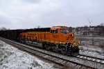 BNSF 4221 made the gloomy morning so much brighter.