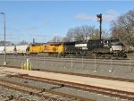 NS 9142 and UP 7724