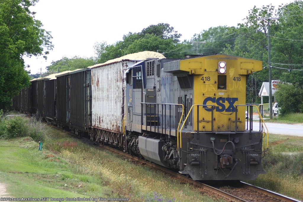 Local chip train sneaks out of the yard