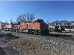 BNSF 8072 and BNSF 6211