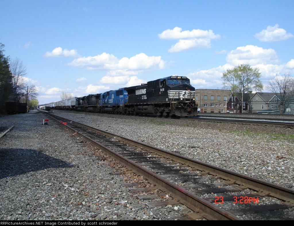 NS 9416 & NS (ex.CR) 6715 WB