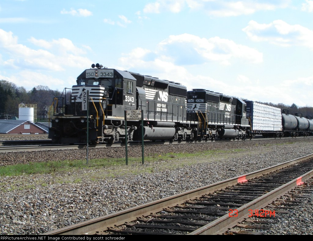 NS 3343 & NS 3363 push on the rear WB at MP 251