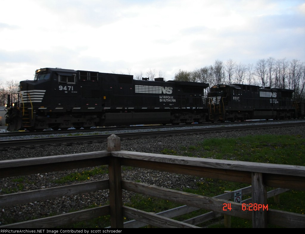 NS 9471 & NS 8597 heading WB