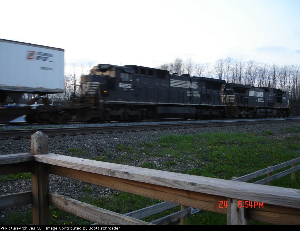 NS 8652 & NS 9468 are EB