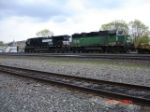 NS 9348 & BNSF 2918 head EB