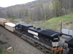 NS 9433 runs long-hood forward WB