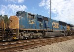 CSX 4727 runs 4th in a line of 7 units waiting for NB green