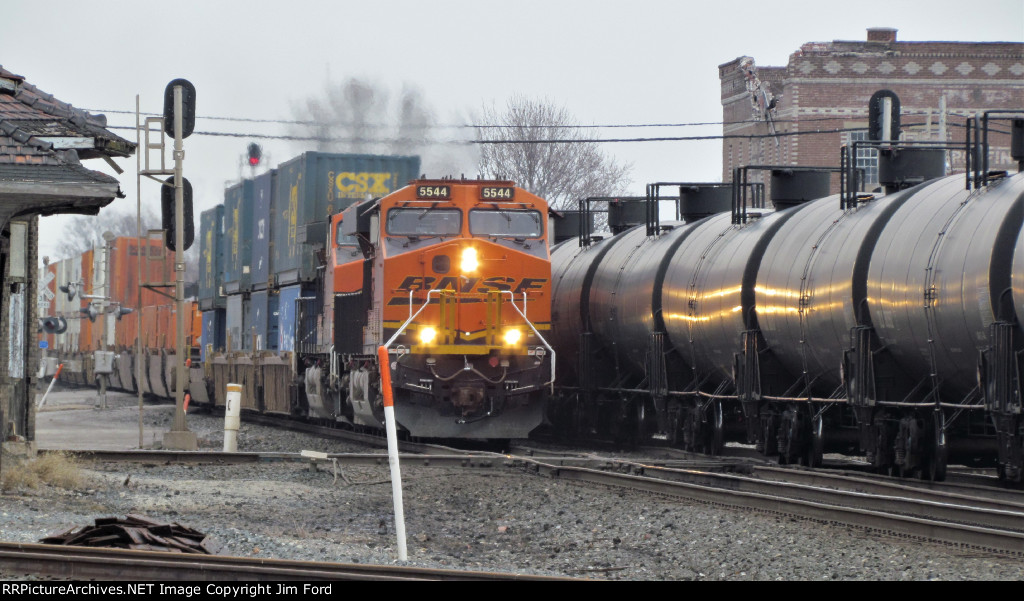 BNSF 5544