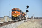 BNSF 3781 Leads a hot Z9 into Anabel Mo.