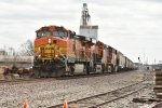 BNSF 4827 Leads a grain empty.