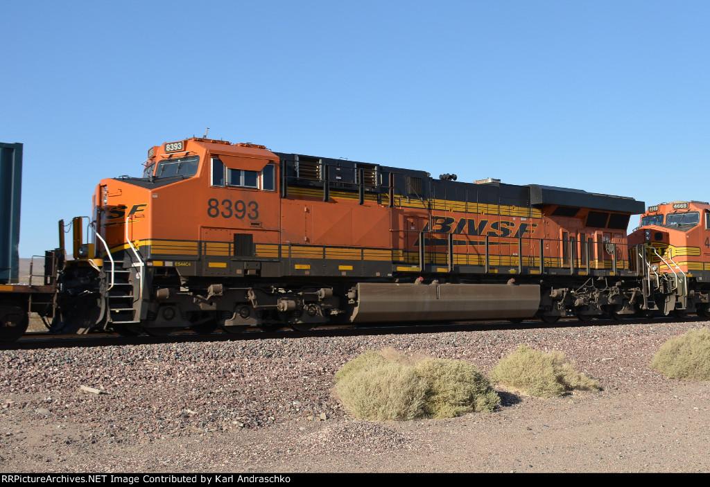 BNSF 8393