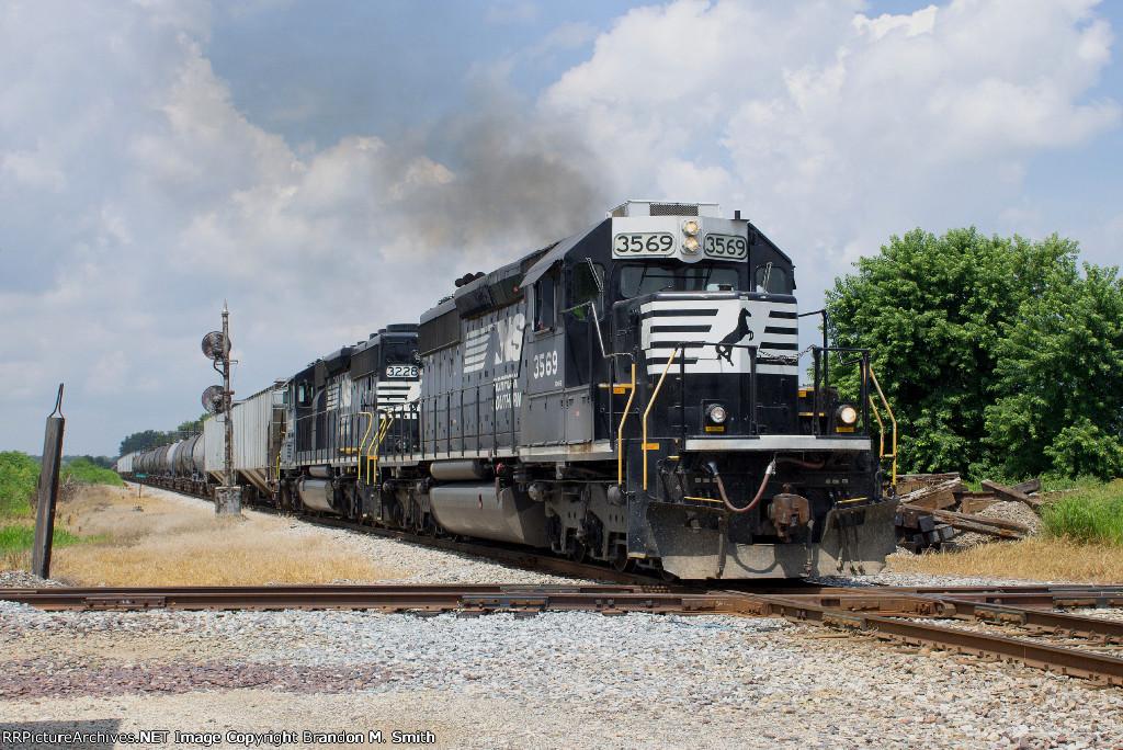 NS 3569 South