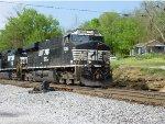 NS 7635 Leads NS 55W Through Georgetown