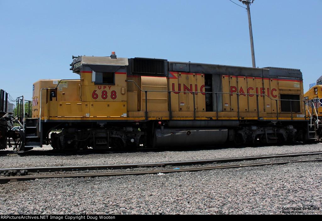 UPY 688