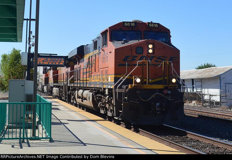 BNSF 6616