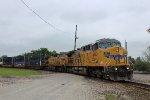 UP 6613 leads SB Z-train