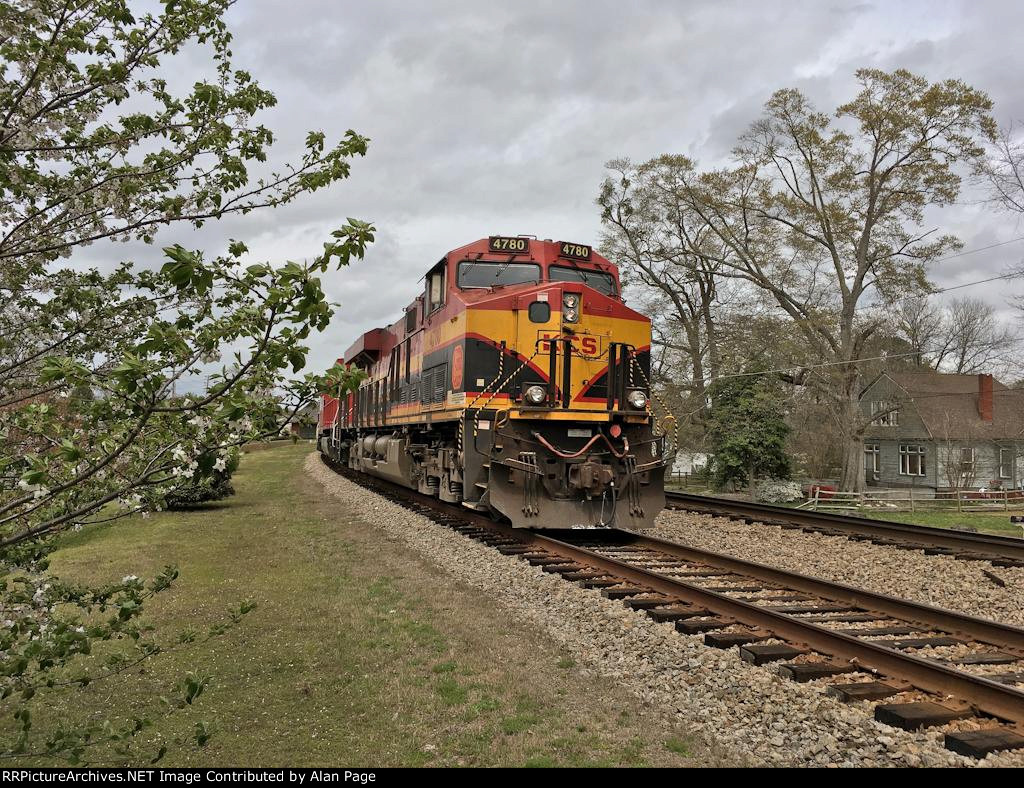 KCS 4780 leads CP 9546 and BNSF 7246