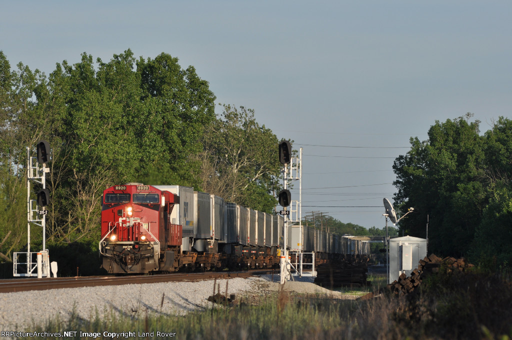 CP 8920 On NS 240 Northbound At Wayne Yard