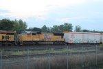 UP 4988 on CSX Q090