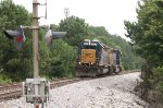 CSX SD40-2 8357 and SD40-3 4225 approach the Rockwood Rd crossing