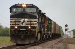 NS 9695 takes off with grain loads
