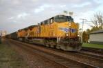 UP 5621 and a WCSX hopper train