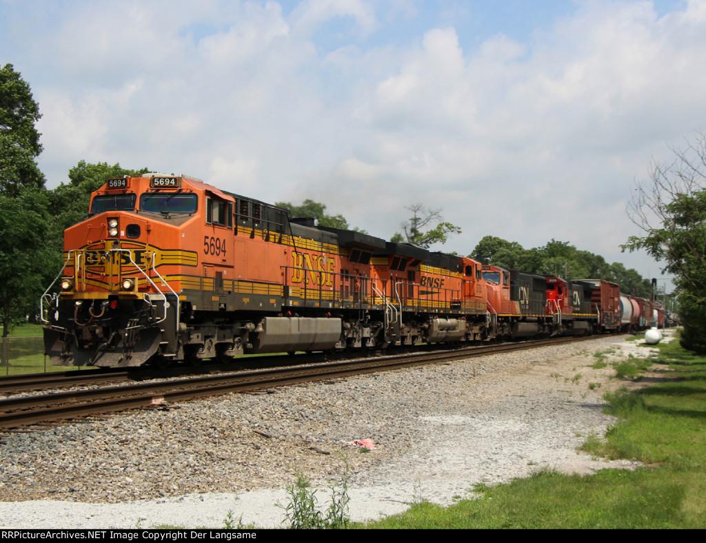 BNSF 5694 M33791-30