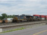 CSX 3412 and 781