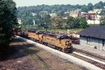 Chessie B&O 3830 leads 4345 EB