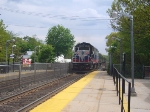 Metro-North GP40FH-2 4903 on #64