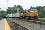 15:05 UP NB freight