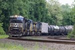 NS SD80MAC #7217 on 38Q